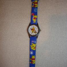 Ceas de mana copii cu Winnie de plus - Ceas copii Disney