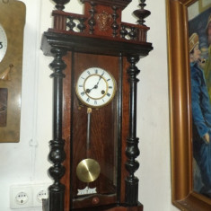 Deosebita pendula, ceas perete Junghans piesa frumoasa, functionala