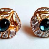 Superbi cercei placati cu aur, ornamentati cu diverse cristale