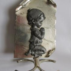 RUGACIUNE-bibelou, cositor, suport metal, vintage - Arta din Metal