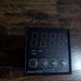 Termoregulator Omron E5CB-Q1TCD.