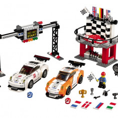 LEGO® Speed Champions Porsche 911 GT la linia de finis - 75912 - LEGO Minifigurine