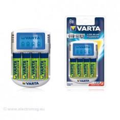 INCARCATOR LCD 4XAA 2100MAH VARTA - Incarcator Camera Video