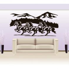 Horse_Tatuaj de perete_Sticker Decorativ_WALL-587-Dimensiune: 40 cm. X 20 cm. - Orice culoare, Orice dimensiune - Tapet