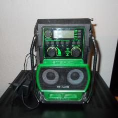 Aparat radio - RADIO HITACHI UR 18 DSL DE SANTIER + INCARCATOR DE BORMASINA HITACHI