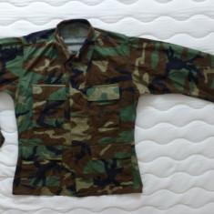 Uniforma militara - Camasa / Coat(Hot Weather, Woodland Camouflage Combat); marime S NATO, vezi dim.