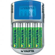 Incarcator Aparat Foto - Varta 57070201451 incarcator acumulatori cu LCD + 4 baterii AA 2600mAh
