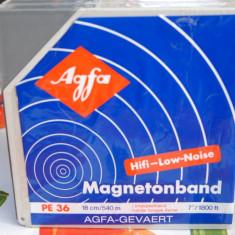 Banda de magnetofon AGFA de 18 cm, model PE36
