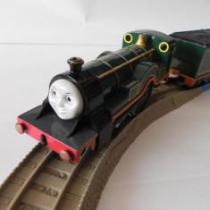 Trenulet de jucarie - TOMY/TrackMaster trenulet baterii - Thomas locomotiva EMILY cu 2 vagoane - RARA