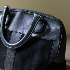 Geanta Dama, Piele - Geanta Musette Cristhelen B. din piele naturala neagra