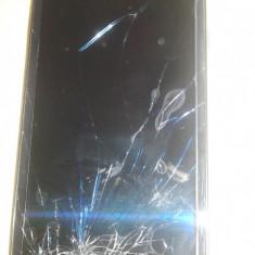 Samsung S3 I9300 negru cu display spart - Telefon mobil Samsung Galaxy S3, 16GB, Neblocat, Quad core, 1 GB