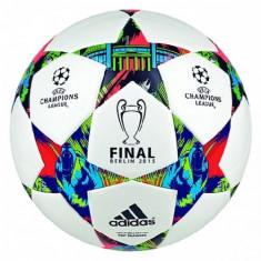Minge fotbal - MINGE ADIDAS FINALE BERLIN TOP TRAINING COD M36923