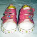 Adidasi fetite foarte frumosi Disney Baby marimea 18 - Adidasi copii, Culoare: Din imagine, Fete, Textil