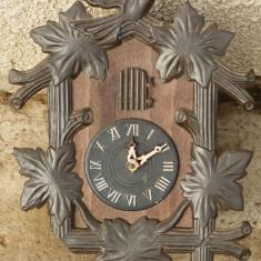 Pendula - Ceas cuc vechi incomplet