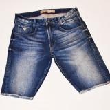 Pantaloni scurti blug Guess Jeans talie 31 32