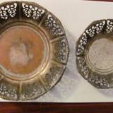 GE - Set 2 vase vechi traforate alama argintata cu marcaj - Metal/Fonta