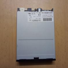 Floppy PC diverse modele alb si negru - Floppy disk PC