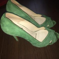 Pantofi Zara piele intoarsa, purtati de 2 ori, mar. 38 - Pantofi dama Zara, Culoare: Verde