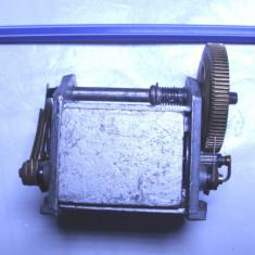 Telefon inductor bachelita vechi electromagnetica magnetou functional nou - Telefon fix