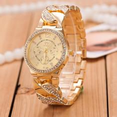 Ceas de Dama Geneva - Ceas dama SHINNY STAR auriu rose gold curea lunga cristale + cutie cadou