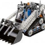 LEGO Technic - Incarcator compact cu senile (42032)