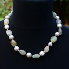 COLIER PIETRE SI PERLE MARI DE CULTURA CU INCHIZATOAREMARE SI MASIVA DIN ARGINT - Colier perle