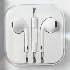 Casti ptr iphone 5 - Casti Telefon, iPhone 5/5S, Alb, In ureche, Pliabile: 1, Comenzi pe fir: 1
