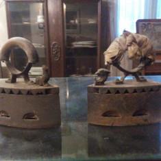 FIER DE CALCAT PE CARBUNI VECHI - Metal/Fonta