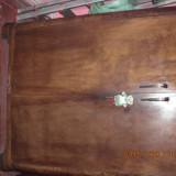 Vand 2 buc. dulap vintage de nuc din lemn masiv