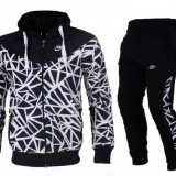 Trening Nike negru-alb Barbati Material Bumbac - Trening barbati Nike, Marime: S, M, L, XL, XXL, Culoare: Din imagine