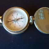 Busola cu oglinda si binoclu