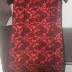 Rochie din dantela neagra cu dublura rosie. - Rochie de seara, Marime: 44, Culoare: Rosu
