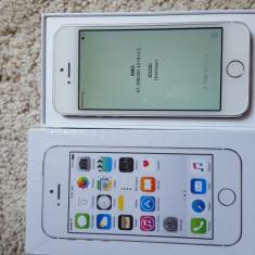 iPhone 5S Apple 16gb silver white neverlocked NOU GARANTIE 08/2017, Argintiu, Neblocat