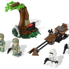 Endor™ Rebel Trooper™ & Imperial Trooper™ Battle Pack (9489) - LEGO Minecraft