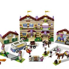 Tabara de vara de calarie (3185) - LEGO Friends
