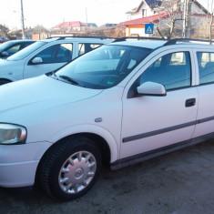 Vând Opel Astra Caravan, an 2001, 165.000 km, taxă plătită, pornește la sfert, An Fabricatie: 2001, Motorina/Diesel, 1698 cmc