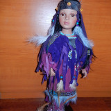 Papusa de colectie - Papusa portelan indianca Siana-superba in lila !