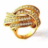 Superb inel 9K gold filled cu cristale Swarovski. Marimea 6 - Inel Swarovski