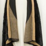 Vesta stil poncho, lunga, cu blana ecologica, fashion, noua marime L/XL
