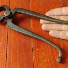 Metal/Fonta - Scule / unelte - vechi cleste de fierarie - model deosebit cu marcaj !!!!