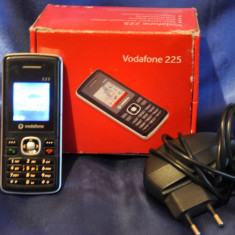 Telefon de colectie VODAFONE 225. Functional. Acumulator defect! - Telefon mobil Vodafone, Negru, Nu se aplica, Single SIM, Fara procesor