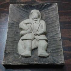 Tablou vechi sculptat in lemn masiv 30/22, 5cm