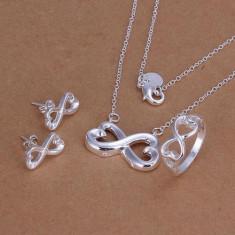 Set bijuterii argint 925+cutie cadou; colier + medalion + cercei + inel marime 8