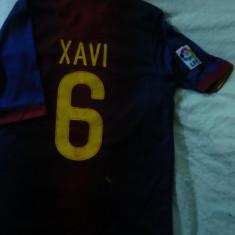 Tricoul Echipei de Fotbal FC Barcelona, nr.6 jucator XAVI, masura S - Tricou echipa fotbal, Marime: S, Culoare: Albastru