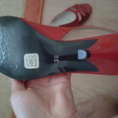 Sandale rosii 100%NOI, cu toc, 100% piele naturala, fabricate in Romania - Sandale dama, 38, Rosu