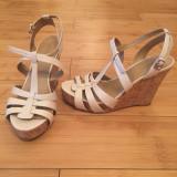 Sandale dama - Sandale bej din piele naturala cu platforma Nine West marimea 38