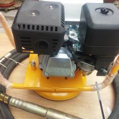 Vibrator beton pe benzina 5, 5Cai-KONDOR