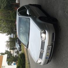 Volkswagen Golf 4 - Autoturism Volkswagen, An Fabricatie: 2002, Benzina, 136000 km, 1600 cmc