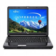 Fujitsu Siemens LifeBook AH530, Intel Celeron P4500, 1.86Ghz, 4Gb DDR3, 320Gb HDD, Combo, 15.6 inch LED Backlight, Tastatura numerica, Grad A- - Laptop Fujitsu-Siemens