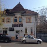 Vila de vanzare - Casa de vanzare, 290 mp, Numar camere: 10, Suprafata teren: 153